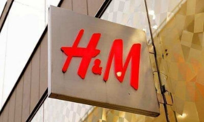 H&M sales grow roughly in line with expectations in Q4
